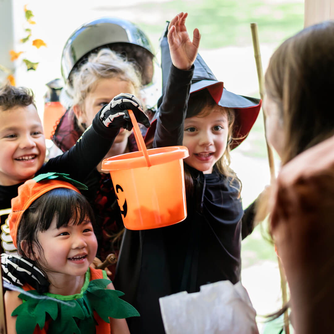 DIY Ideas for a Fun and Frugal Halloween